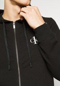 Calvin Klein Underwear - CK ONE FULL ZIP HOODIE  - Pyjama top - black - 4