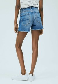 Pepe Jeans - Shorts - blue - 2