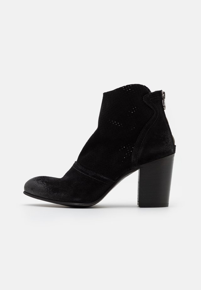 MADELINE - Ankle boots - marvin/nero