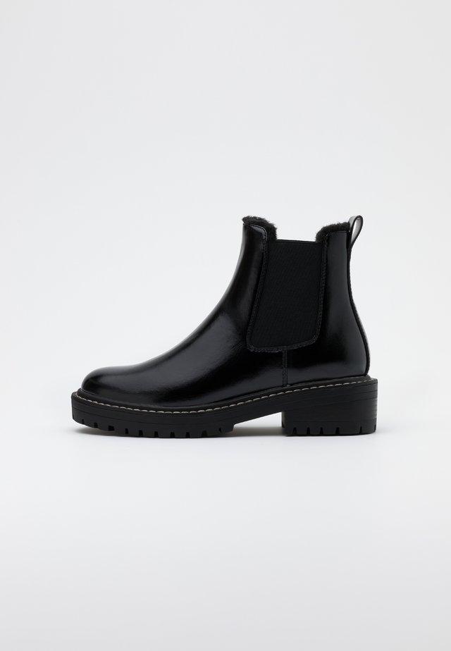 ONLBOLD CHELSA BOOTIE - Platform-nilkkurit - black