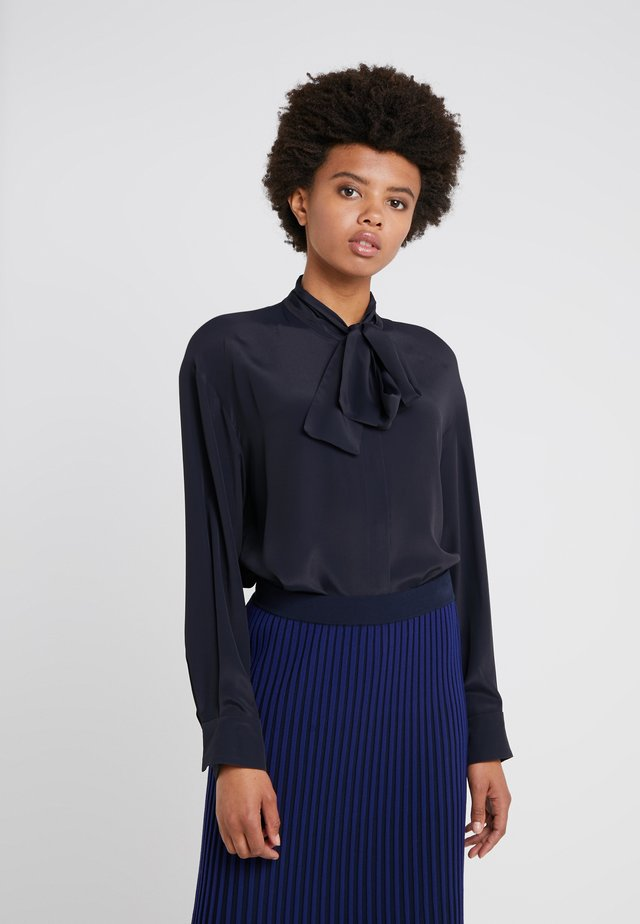 BLOUSE TYJA - Button-down blouse - navy