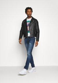 Jack & Jones - JJIGLENN JJORIGINAL AGI - Slim fit jeans - blue denim - 1