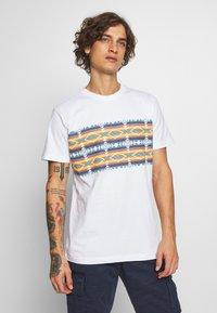 Urban Classics - INKA PATTERN TEE - Print T-shirt - white - 0