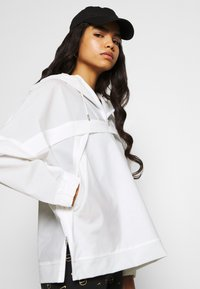 Nike Sportswear - EARTH DAY - Windbreaker - white - 3