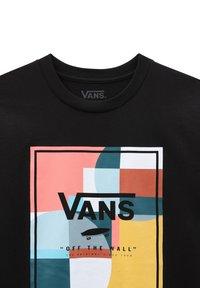 Vans - BY BOYS COLOUR BLOCK BOX SS - Print T-shirt - black - 2