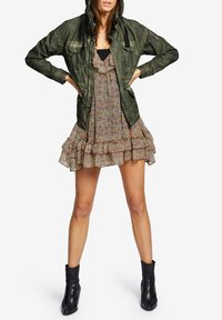 khujo - SHAMA - Summer jacket - olive - 1