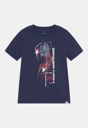 BOYS TEE - Print T-shirt - military blue