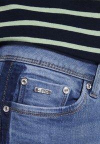 TOM TAILOR DENIM - MIT STREIFEND - Jeans Skinny Fit - mid stone blue denim - 4
