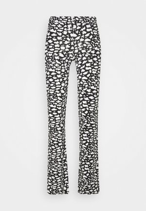 ONLLIVE LOVE FLARED PANTS - Leggings - Trousers - black/white