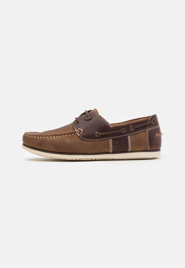 CAPSTAN - Bootsschuh - beige/brown