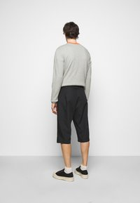 Viktor&Rolf - BERMUDA  - Shorts - black - 2