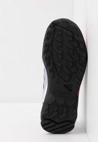 adidas Performance - TERREX HYDROTERRA - Outdoorschoenen - shock red/core black/core white - 5