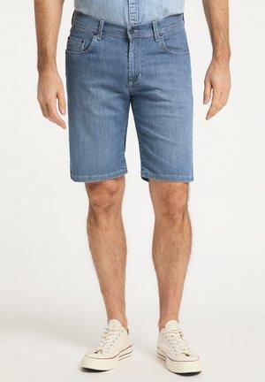 REGULAR FIT FINN - Denim shorts - stone used