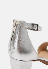 Clarks - KAYLIN - Sandals - silver - 7