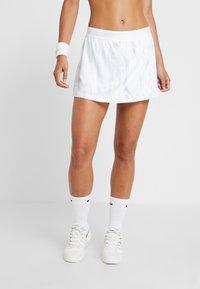 Nike Performance - SKIRT - Sportovní sukně - white - 0