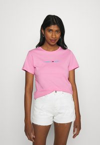 Tommy Jeans - T-shirts med print - pink daisy - 0