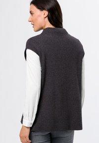 zero - Basic T-shirt - anthracite-m - 2
