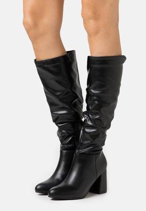 HADLEY - Vysoká obuv - black