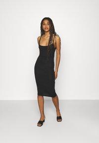 Missguided - BASIC CAMI MIDI DRESS 2 PACK  - Jersey dress - black/camel - 3