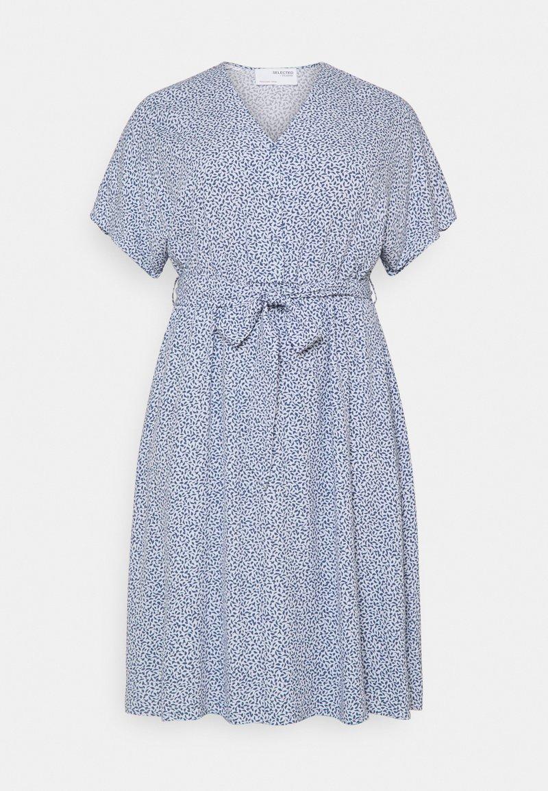 Selected Femme Curve - SLFENNA SHORT DRESS  - Day dress - arctic ice
