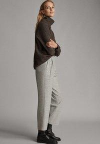 Massimo Dutti - Pantalon classique - mottled gry - 3