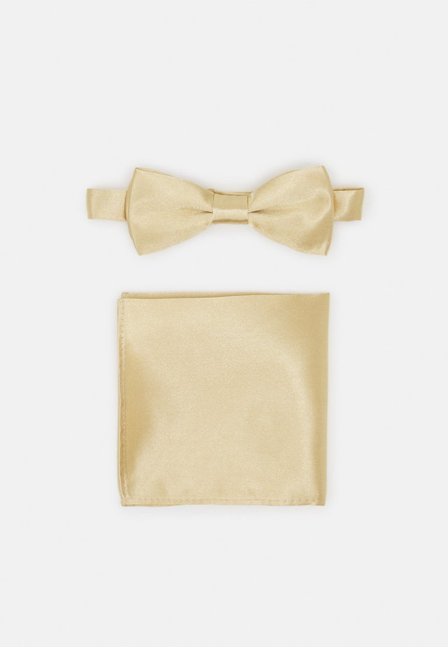 ONSTRENT BOW TIE BOX HANKERCHIEF SET - Mouchoir de poche - golden spice