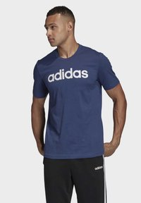 adidas Performance - ESSENTIALS LINEAR LOGO T-SHIRT - T-shirts med print - blue - 0