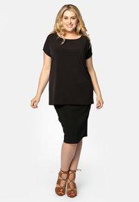 Yoek - JUPE BASIS - Pencil skirt - black - 1