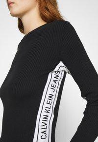 Calvin Klein Jeans - STRIPE LOGO - Jumper - black - 5