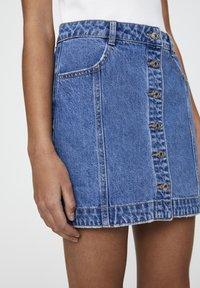 PULL&BEAR - Denim skirt - mottled dark blue - 3