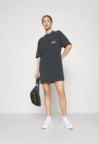 Nike Sportswear - Trikoomekko - black - 1