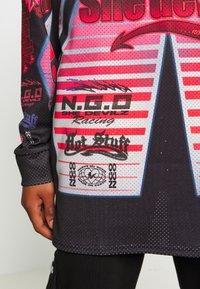 NEW girl ORDER - SHE DEVIL MOTORCROSS LONG SLEEVE - Bluzka z długim rękawem - black - 4