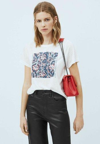 BROOKLYN - Print T-shirt - blanco off