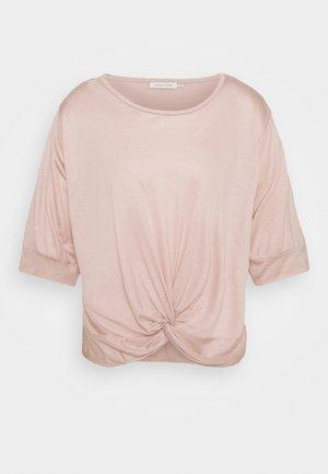 DRAPED - Print T-shirt - shadow gray