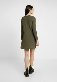 American Eagle - BUTTON THROUGH WAFFLE DRESS - Jumper dress - olive - 2
