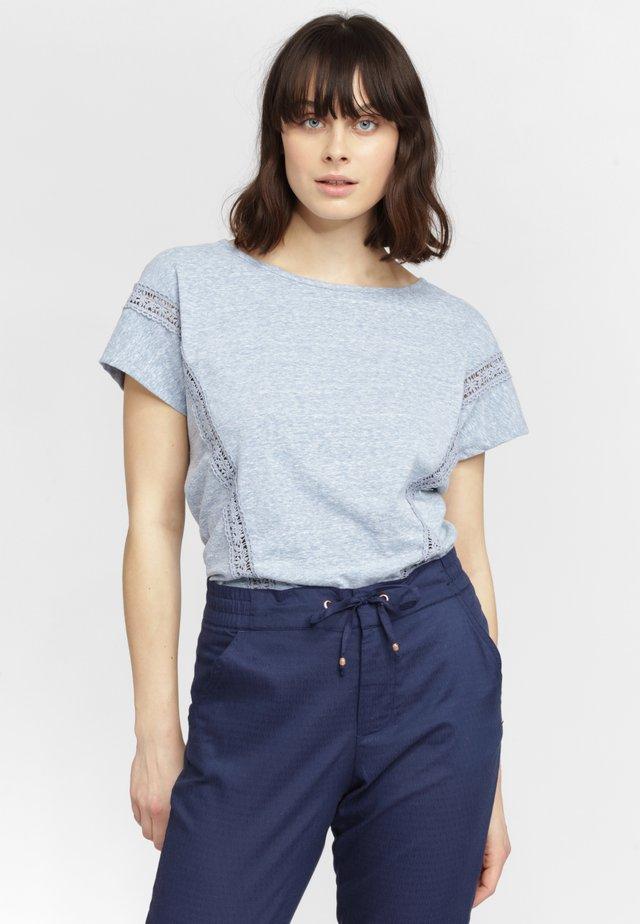MONICA - T-shirt print - blau