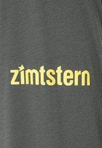 Zimtstern - PUREFLOWZ MENS - Sports shirt - pirate black/gun metal - 2
