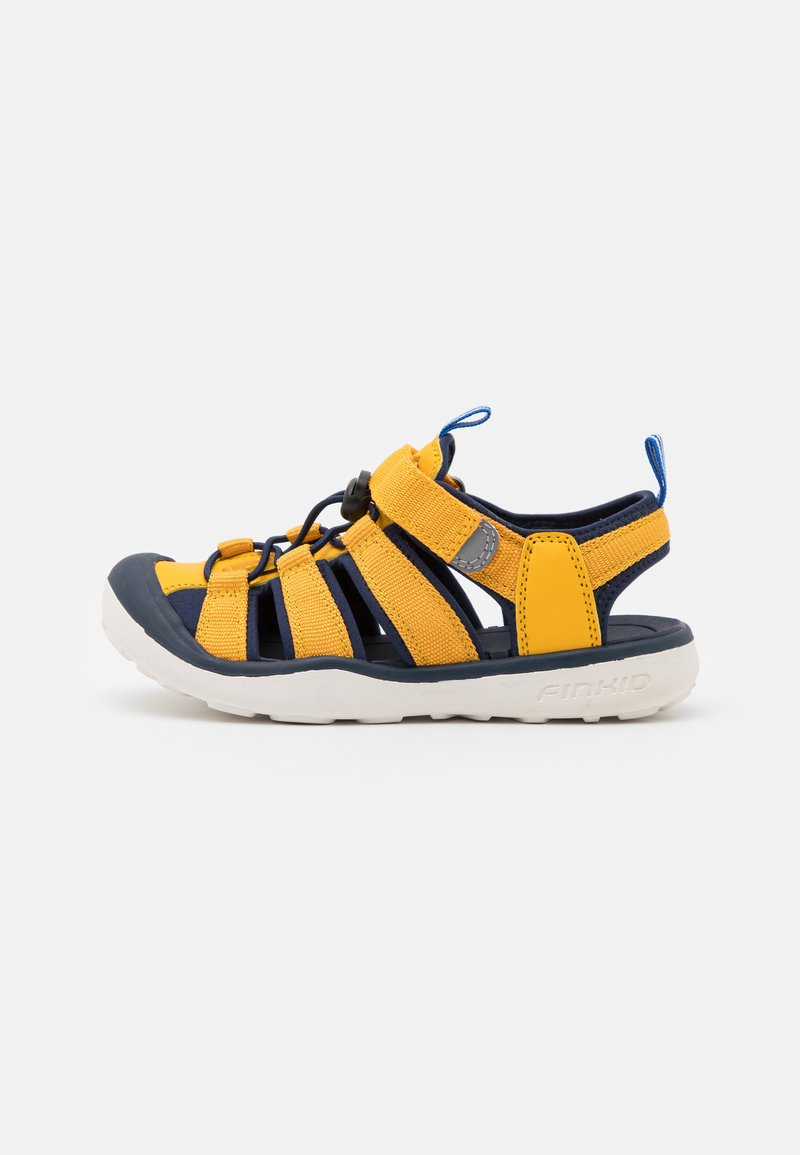 Finkid - PELTO UNISEX - Sandales de randonnée - golden yellow/navy