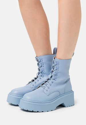 LACE UP CHUNKY SOLE BOOTS - Platform ankle boots - blue