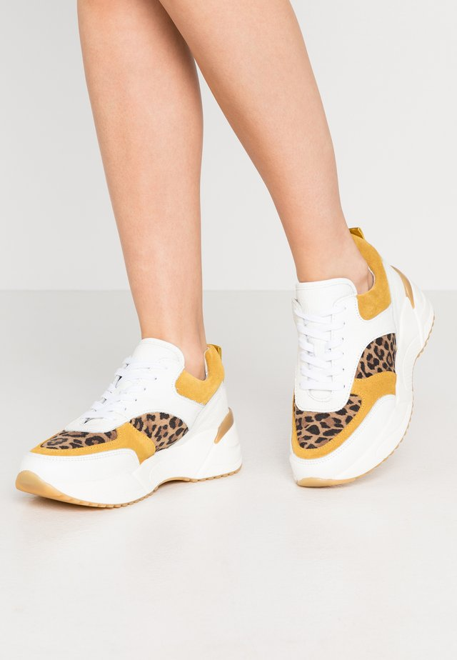 BIADAMARA  - Trainers - white