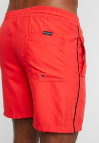 Quiksilver - VOLLEY - Plavky - high risk red - 1