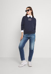 Tommy Jeans - MOM ULTRA - Relaxed fit jeans - ames - 1