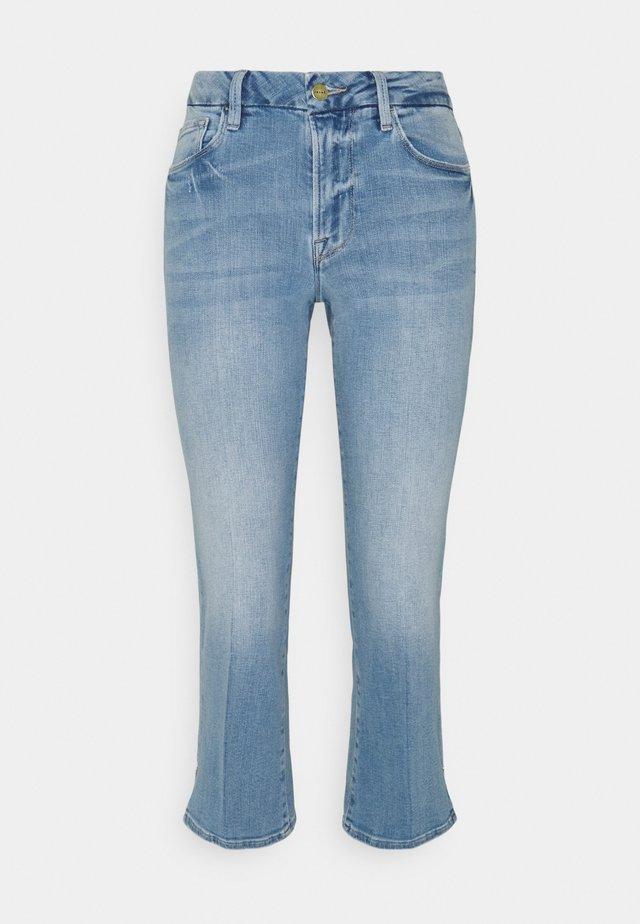 LE PIXIE MINI BOOT - Jeans a sigaretta - light blue