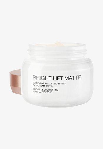BRIGHT LIFT MATTE - Face cream - -