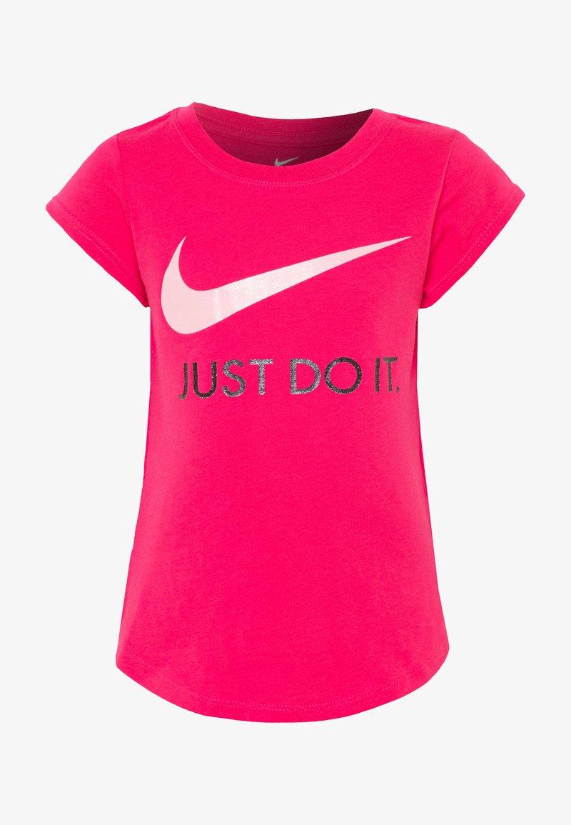 Nike Sportswear - TEE - T-shirt con stampa - dark hyper pink