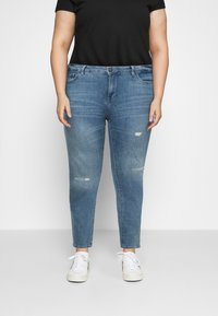 Zizzi - SANNA SHAPE - Jeans Skinny Fit - light blue denim - 0