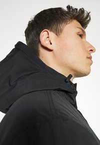 Lyle & Scott - TECHNICAL - Winter coat - jet black - 4