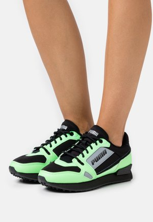 MILE RIDER BRIGHT PEAKS - Sneakersy niskie - black/neon green