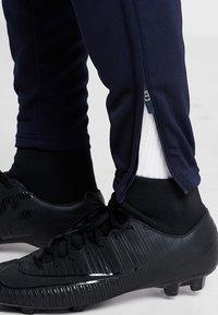 JAKO - ACTIVE - Teplákové kalhoty - navy/white - 5
