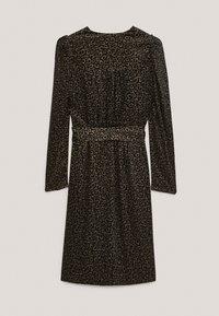 Massimo Dutti - MIT SCHULTERPOLSTERN - Day dress - black - 4